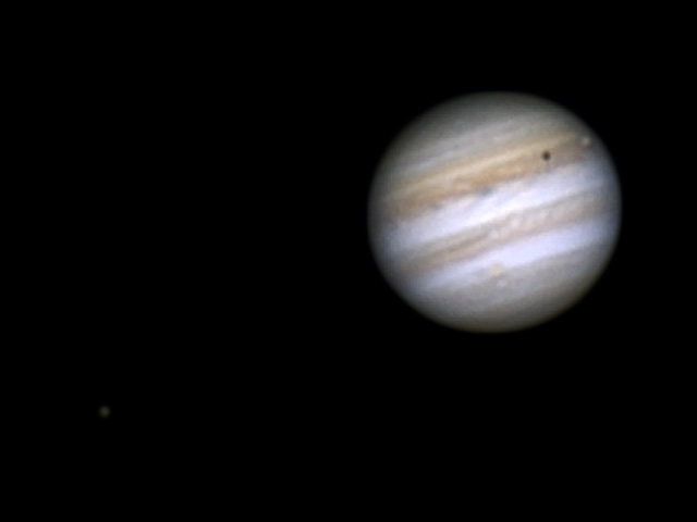 Jupiter and the Galilean Moons through a camera lens @ not